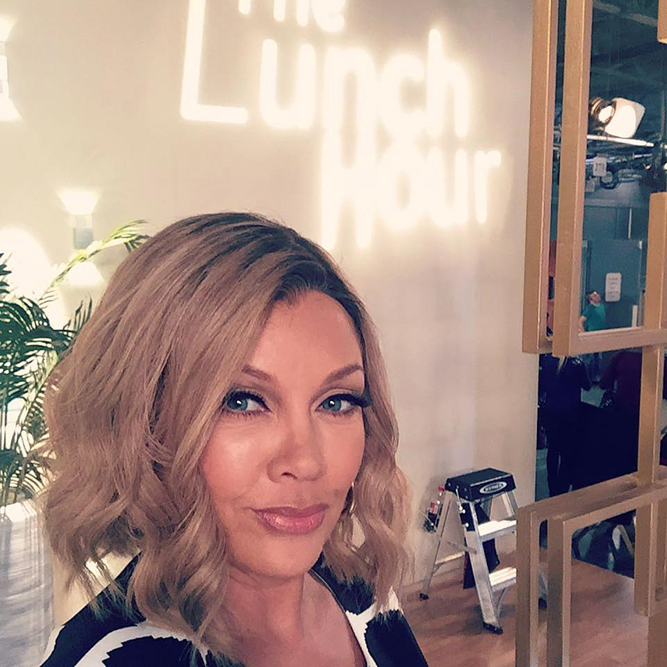 <p>Hey y'all. @VanessaWilliamsOfficial here, taking over for @Yahoo to give you a little glimpse of set life on #DaytimeDivas! Welcome to the show…. </p>
