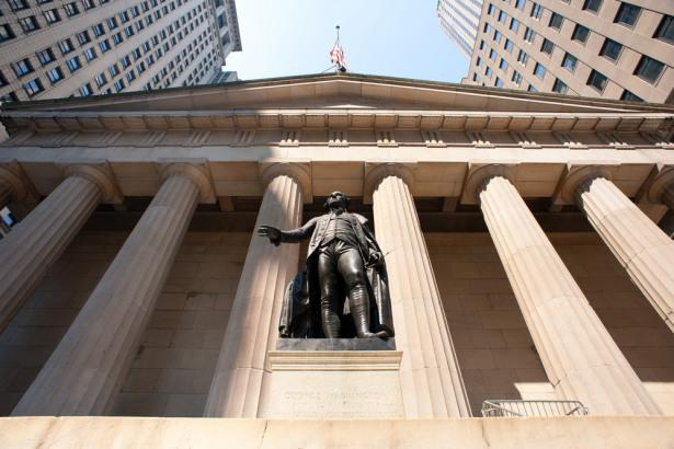 Wednesday's Lackluster Performance Leads to Early US Stock Market Weakness