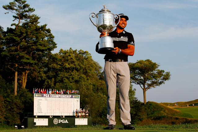 """<h1 class=""""title"""">jason-day-family-2018-wells-fargo-trophy.jpg</h1> <div class=""""caption""""> Day earned the biggest prize of his career in 2015 at the PGA Championship. </div> <cite class=""""credit"""">Jamie Squire</cite>"""