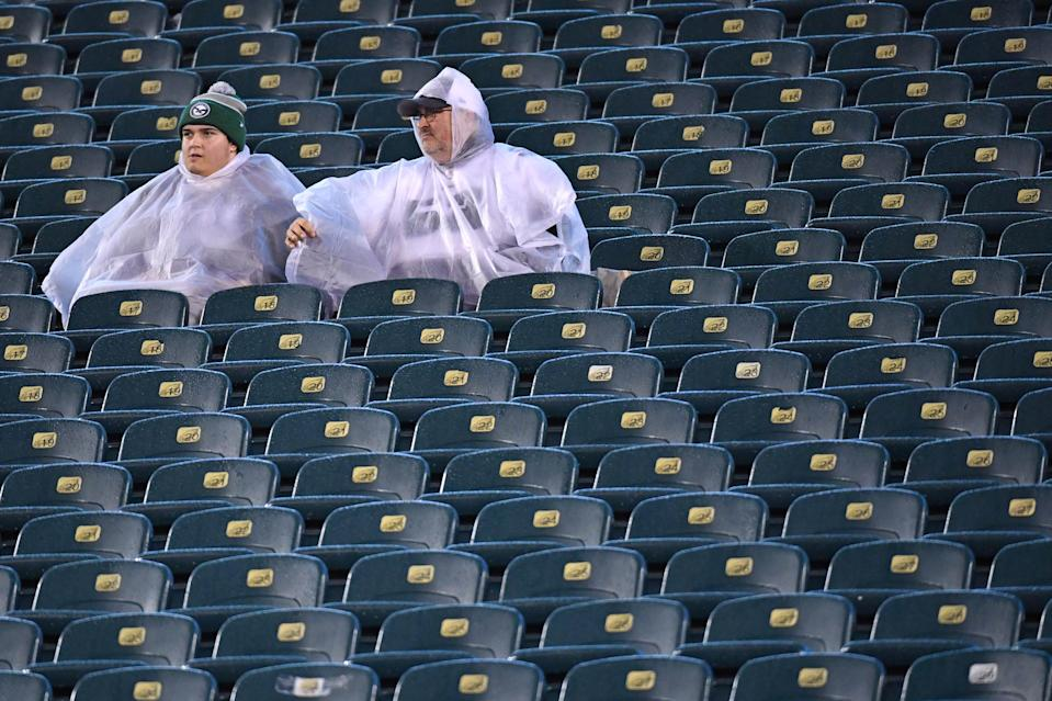 Dec 9, 2019; Philadelphia, PA, USA; Fans sit in the rain prior to Philadelphia Eagles and New York Giants game at Lincoln Financial Field. Mandatory Credit: Eric Hartline-USA TODAY Sports