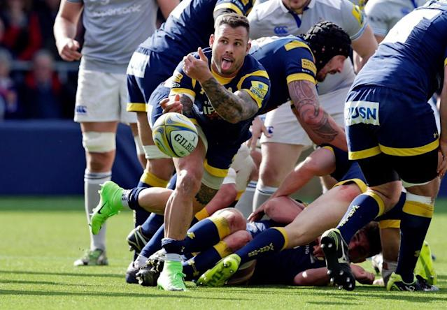 """<span class=""""element-image__caption"""">Francois Hougaard spins the ball out wide.</span> <span class=""""element-image__credit"""">Photograph: Henry Browne/Reuters</span>"""