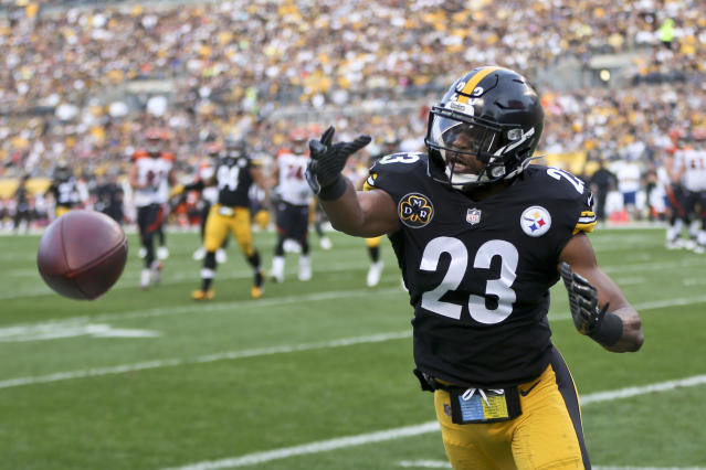 Pittsburgh safety Mike Mitchell didn't think Bengals safety George Iloka should have been suspended for a hit on Steelers receiver Antonio Brown. (AP)