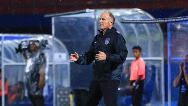 The head coach of Johor Darul Ta'zim wants his boys to keep their focus as they have a fifth successive Super League title in sight.