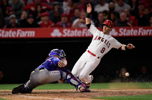 "It might be time to slide <a class=""link rapid-noclick-resp"" href=""/mlb/players/9545/"" data-ylk=""slk:Tommy La Stella"">Tommy La Stella</a> onto your roster, at least in deeper leagues (AP/Mark J. Terrill)"