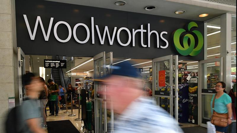 Shoppers stranded after Woolies IT glitch