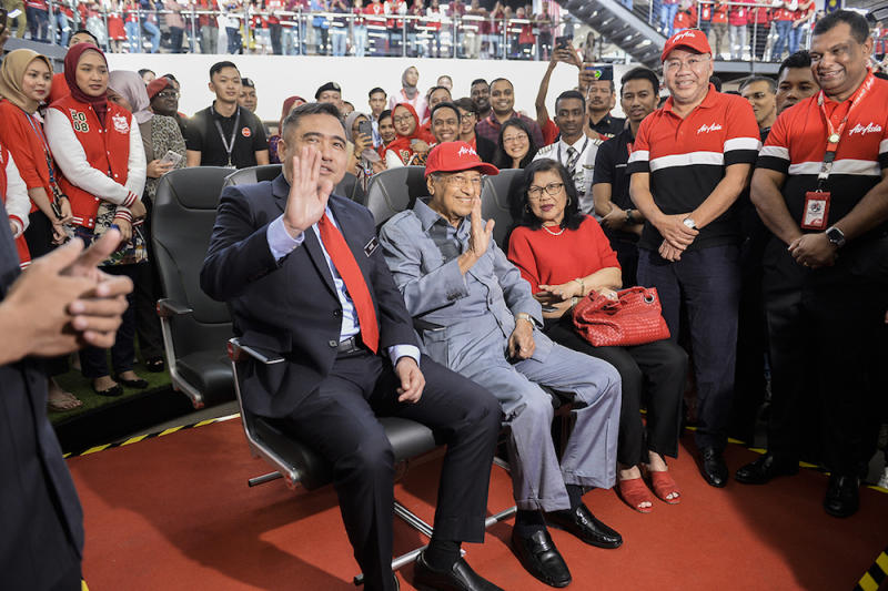 Transport Minister Anthony Loke, Prime Minister Tun Dr Mahathir Mohamad and AirAsia X chairman Tan Sri Rafidah Aziz visit AirAsia RedQ in Sepang August 16, 2019. — Picture by Miera Zulyana
