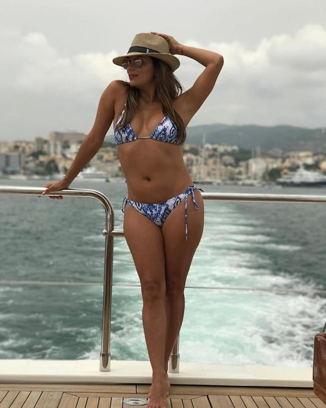 "<p>While in Spain, Eva Longoria kept it real as to what it takes to get the perfect bikini shot. ""It's all about angles…..and not breathing……and sucking it in until you're about to pass out,"" the actress shared. (Photo: Eva Longoria via Instagram) </p>"