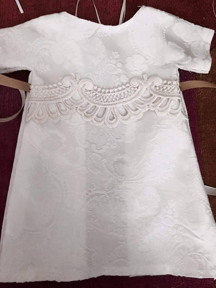 """<p>The bride, who is from Edinburgh, Scotland, was so moved when she received photos of five tiny dresses made with her gown that <a href=""""https://www.facebook.com/yvonne.trimble1"""">she wrote an emotional post about them on Facebook</a> — which has gone viral, with 57,000 (and counting!) shares from Trimble's personal account alone.<i>(Photo: <a href=""""https://www.facebook.com/yvonne.trimble1"""">Yvonne Trimble/Facebook</a>)</i><br /></p>"""