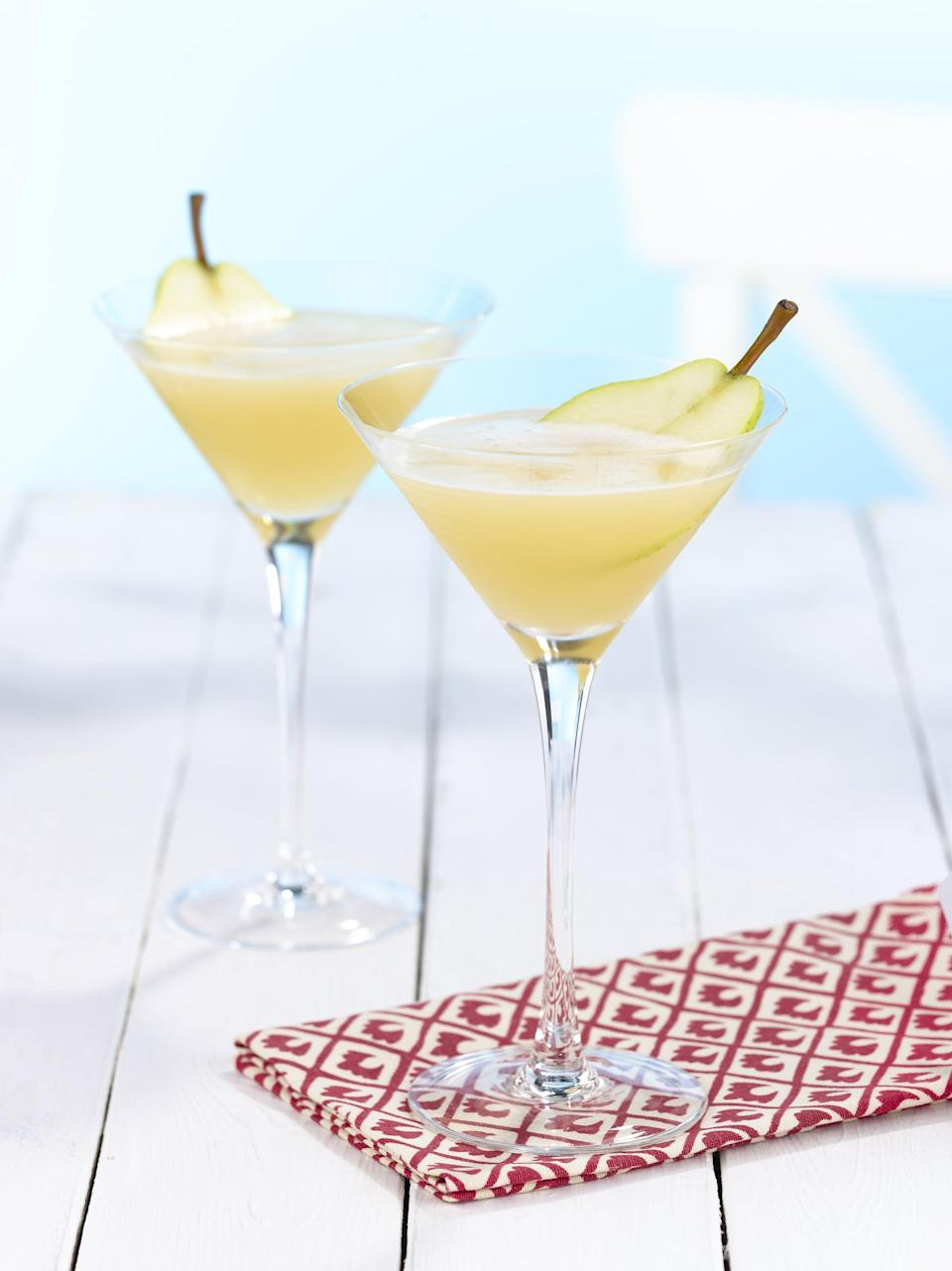"""<p>Those in North Dakota know a good drink when they see one, and a stiff kamikaze never disappoints. This pear-infused recipe features citrus flavors that make it seriously good.</p> <p><strong>Get the recipe</strong>: <a href=""""https://www.popsugar.com/buy?url=https%3A%2F%2Fwww.absolutdrinks.com%2Fen%2Fdrinks%2Fabsolut-pear-kamekaazi%2F&p_name=pear%20kamikaze&retailer=absolutdrinks.com&evar1=yum%3Aus&evar9=47471653&evar98=https%3A%2F%2Fwww.popsugar.com%2Ffood%2Fphoto-gallery%2F47471653%2Fimage%2F47475451%2FNorth-Dakota-Kamikaze&list1=cocktails%2Cdrinks%2Calcohol%2Crecipes&prop13=api&pdata=1"""" class=""""link rapid-noclick-resp"""" rel=""""nofollow noopener"""" target=""""_blank"""" data-ylk=""""slk:pear kamikaze"""">pear kamikaze</a></p>"""