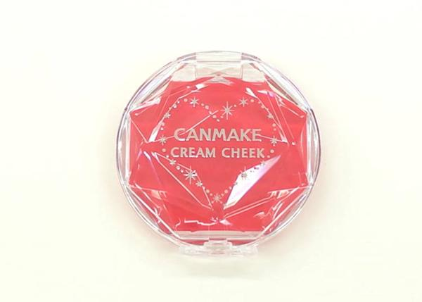 Cream Cheek (Clear type) CL08 (580 yen, tax excluded)