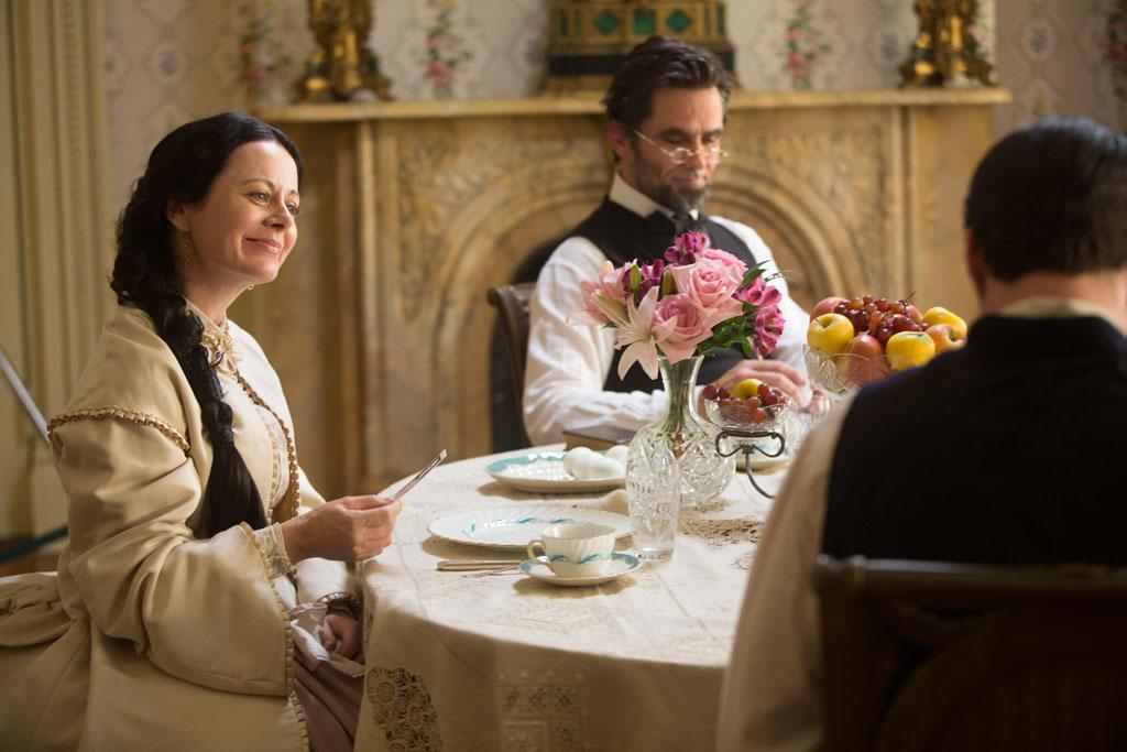 "Billy Campbell portrays Abraham Lincoln and Geraldine Hughes portrays Mary Todd Lincoln in the television film ""Killing Lincoln"" based on the best-selling book by Bill O'Reilly."