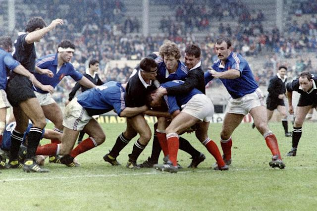 "France face New Zealand's All Blacks on November 8, 1986 in Toulouse, ahead of their infamous ""Battle of Nantes"" clash (AFP Photo/)"