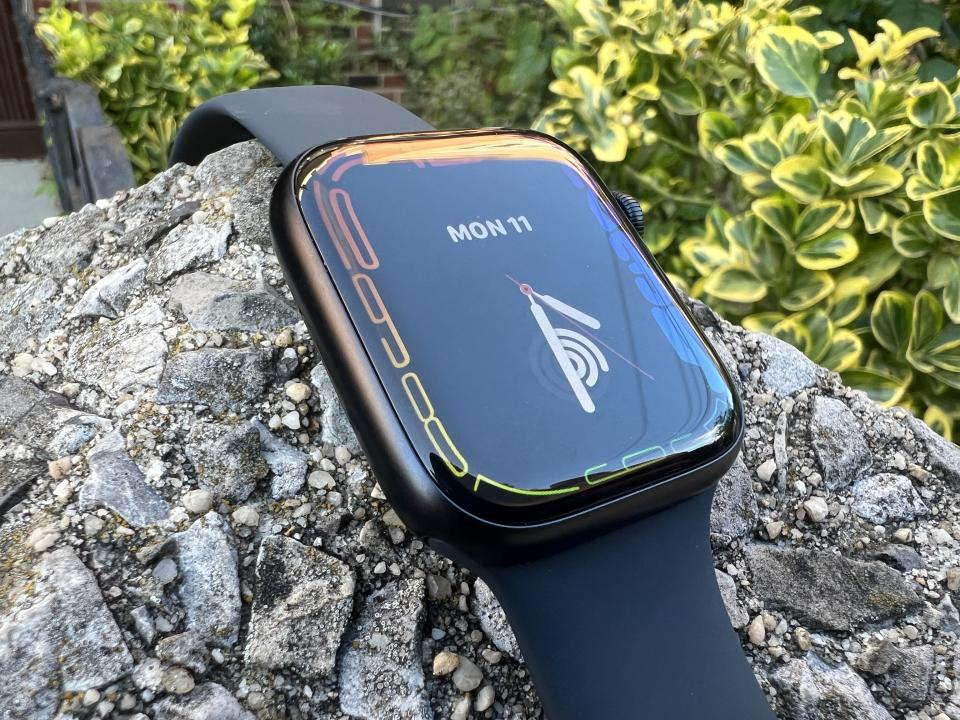 The Apple Watch Series 7 sports a larger screen and improved durability, but it might not be worth the upgrade if you've got a Series 5 or Series 6. (Image: Howley)