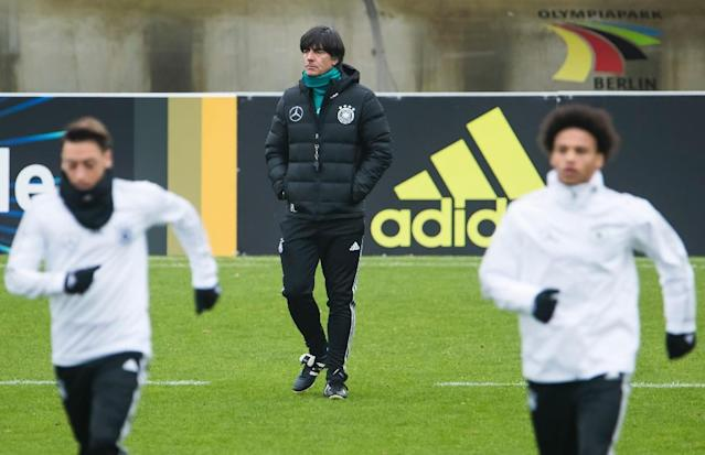 Germany head coach Joachim Loew (C) leads a training session at the Olympic stadium in Berlin on November 9, 2017, ahead of two friendlies away to England and France (AFP Photo/Odd ANDERSEN)