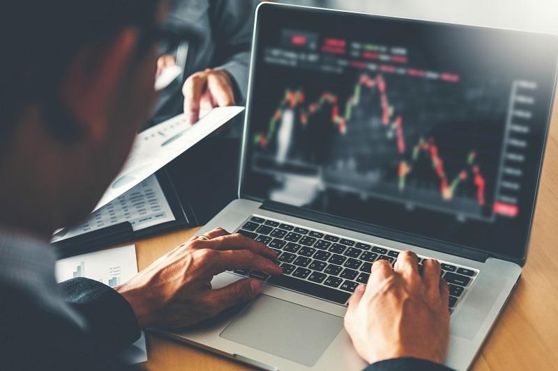 10 best cheap stocks to invest in February 2021