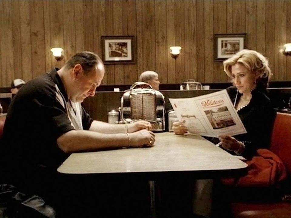 Does Tony get whacked in front of wife Carmela in this 'Sopranos' scene?