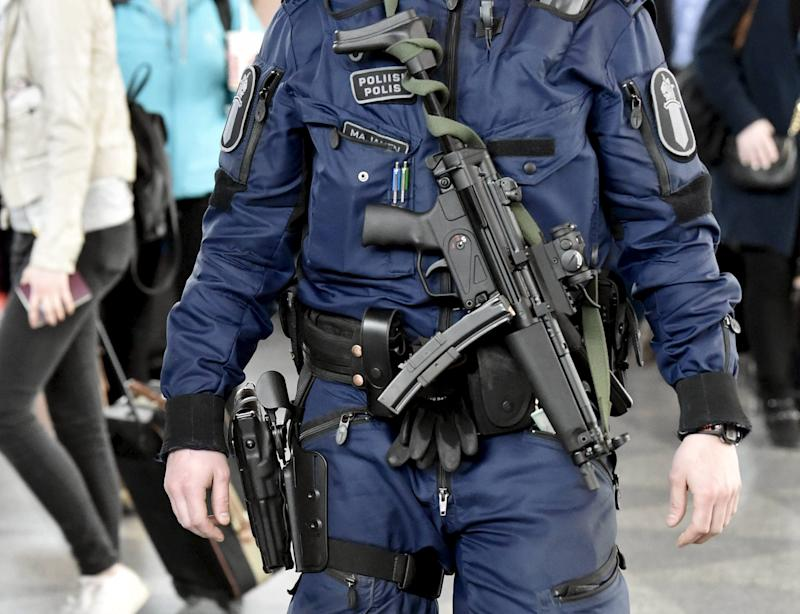 Finnish Police Officers To Get Submachine Guns