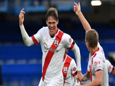 Premier League: Late Jannik Vestergaard goal sees Southampton hold Chelsea; Liverpool draw against Everton