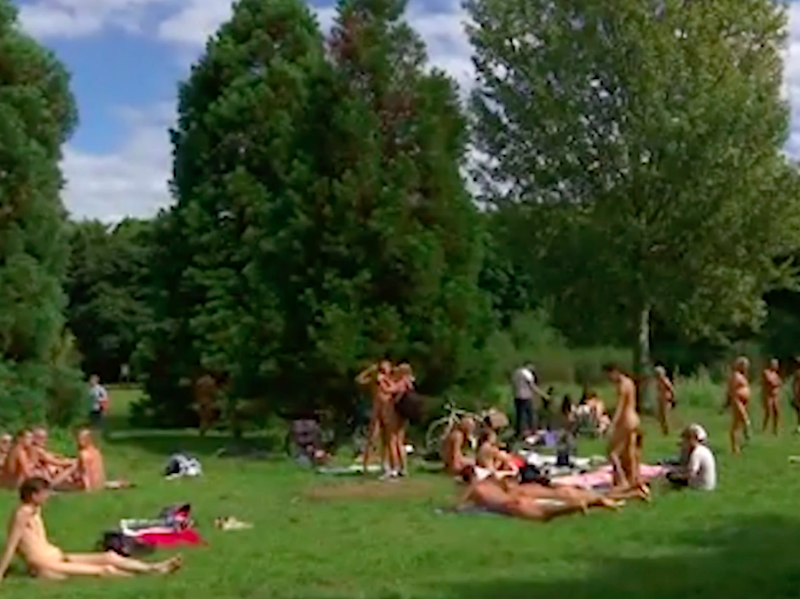 Parisians are flocking to this nudists' park. Source: Screenshot