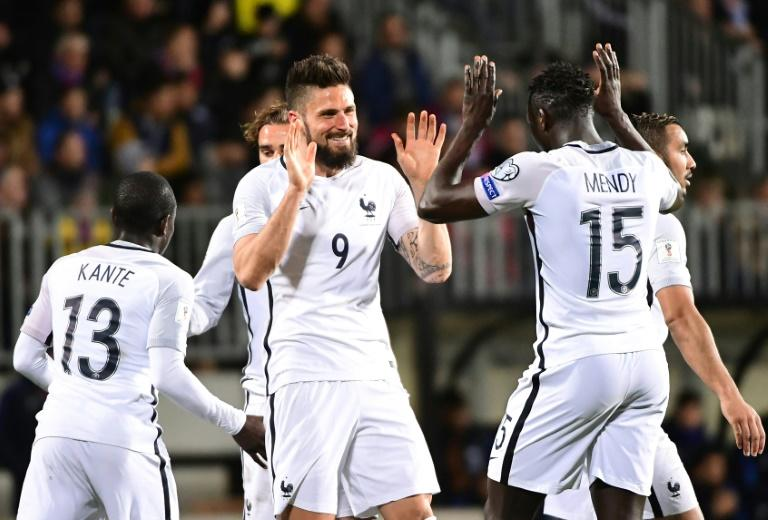 France's forward Olivier Giroud (C) celebrates after scoring against Luxembourg during their FIFA World Cup 2018 qualifier on March 25, 2017 at Josy Bartel stadium in Luxembourg