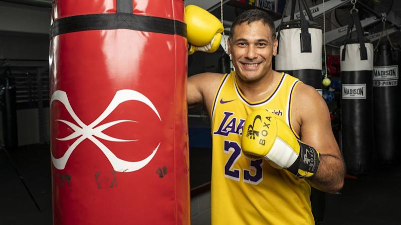 BOXING JUSTIN HODGES