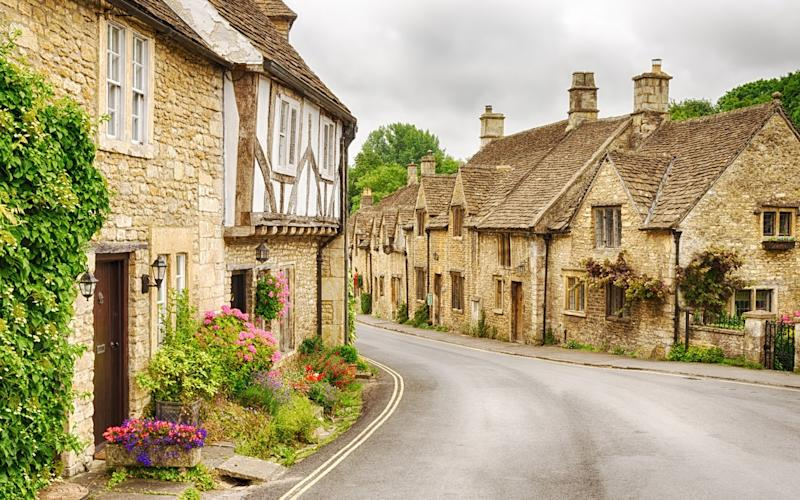 Prettiest in the Cotswolds? Pah. Prettiest in England. And – prettiest in the world? - Khrizmo