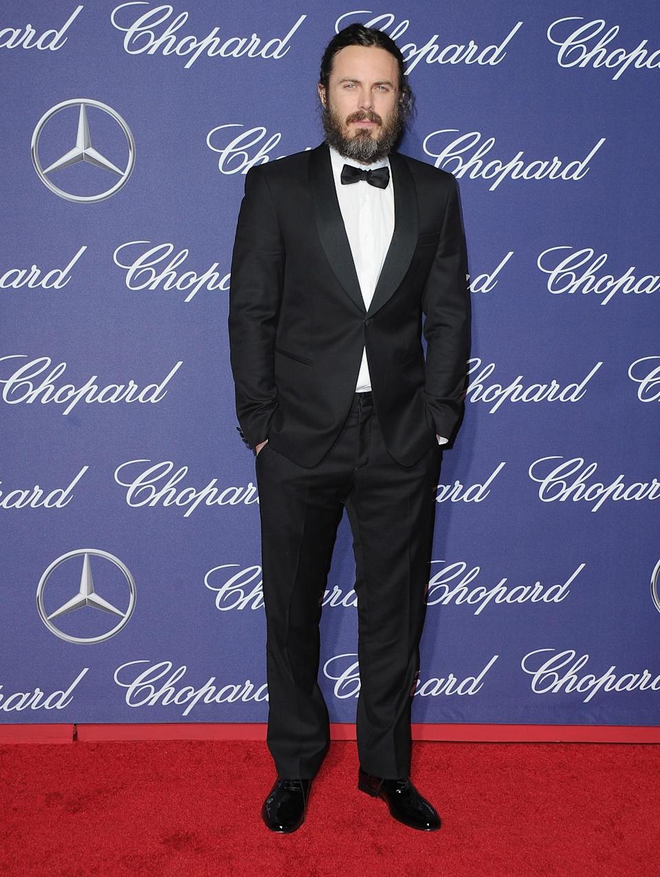 <p>Ben Affleck's brother opted to wear a bow tie. [Photo: Getty] </p>