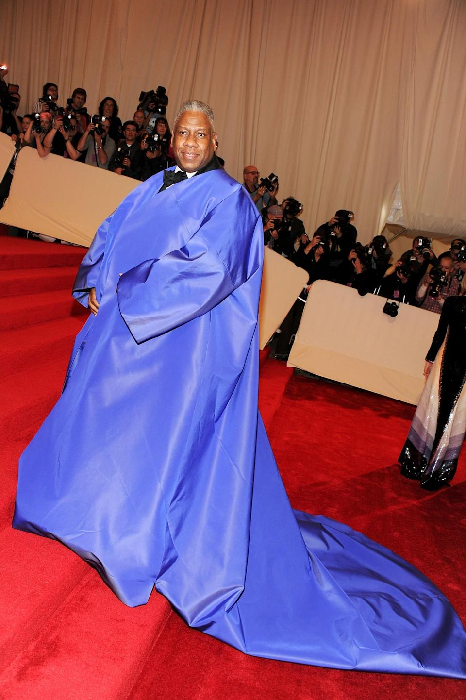 """<p>Another all-engulfing """"cape on the carpet"""" for Talley in 2011. <i>(Photo via Getty Images)</i> </p>"""
