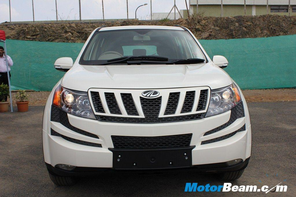 The Mahindra XUV500 is undoubtedly the most popular SUV in India today. Demand is so high that Mahindra had to shut bookings temporarily. The cheetah inspired looks and high features list makes it very desirable. Powered by a 2.2-litre diesel engine which produces 140 BHP and 330 Nm, the XUV500 range starts at Rs. 11.10 lakhs (ex-Delhi).