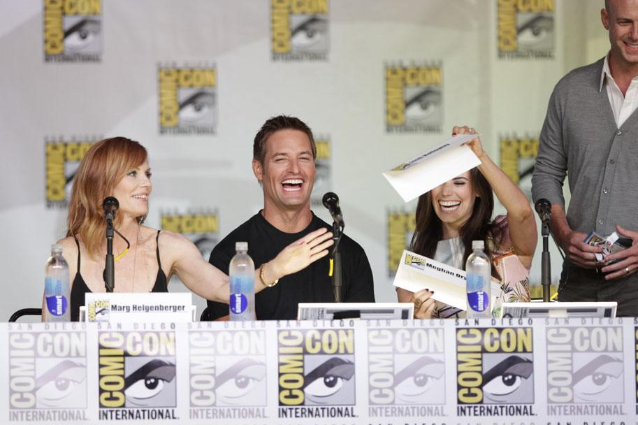 """Marg Helgenberger, Josh Holloway, Meghan Ory and producer Tripp Vinson onstage at the """"Intelligence"""" panel during Comic-Con International 2013 at San Diego Convention Center on July 18, 2013 in San Diego, California."""