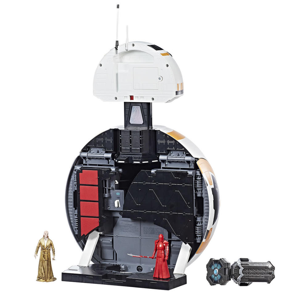 """<p>""""This playset features three Force Link activation areas with sounds and phrases, as well as six play areas to re-create favorite scenes. Discover tons of awesome features such as hidden trap doors, a firing cannon with sound effects, and more. The playset also includes 3.75-inch Supreme Leader Snoke and Elite Praetorian Guard (with single blade) Force Link-activated figures."""" (Photo: Hasbro) </p>"""