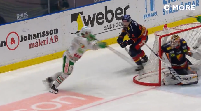 The Canucks forward prospect scored in an absolutely filthy way in the SHL. (Twitter/CMoreSport)