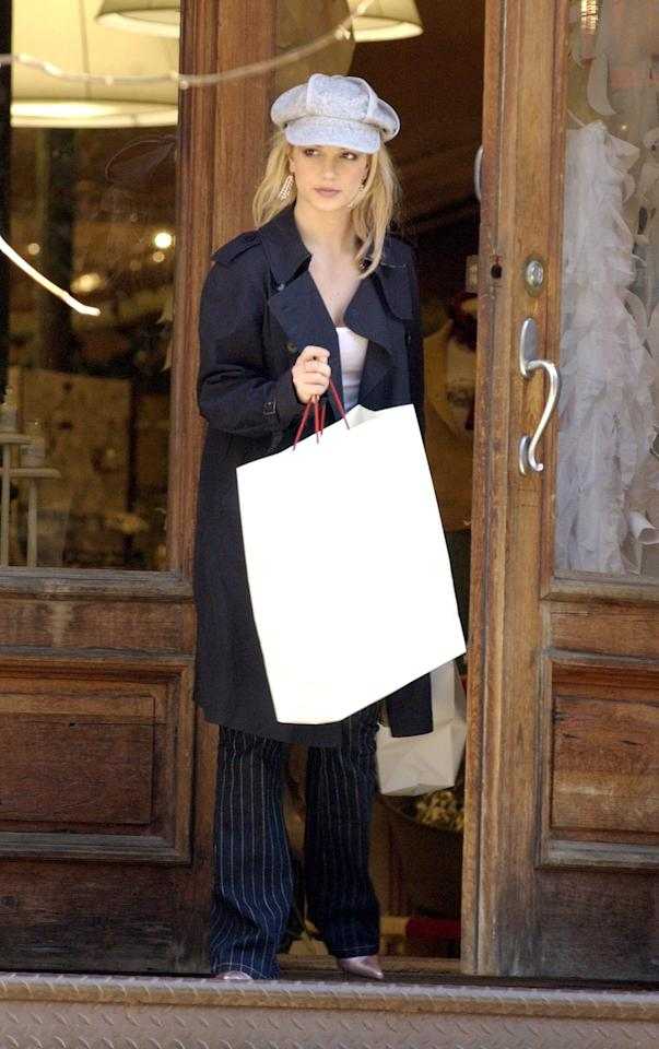 Britney Spears shops at Anthropology November 20, 2003 in New York City.  Photo courtesy of Getty Images.