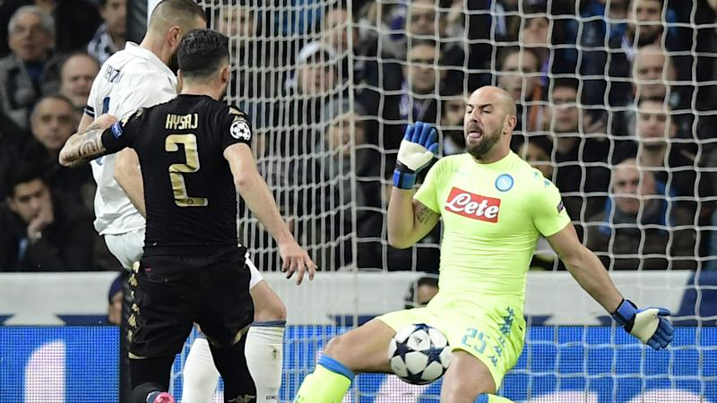 Benzema Pepe Reina Real Madrid Napoli Champions League