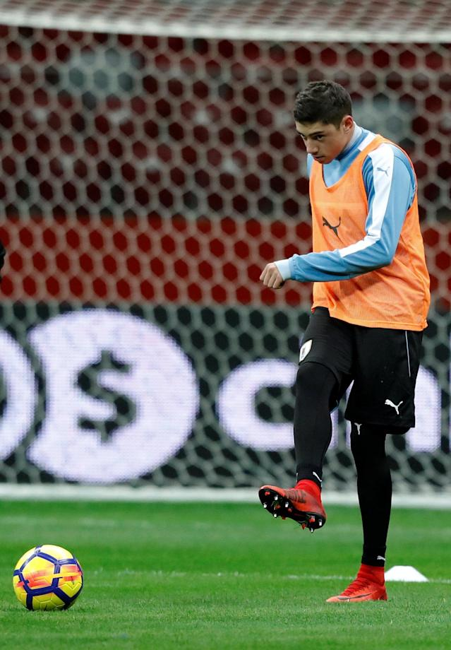Soccer Football - Uruguay national soccer team training- National Stadium, Warsaw, Poland - November 9, 2017 Uruguay's Federico Valverde during practice session. REUTERS/Kacper Pempel