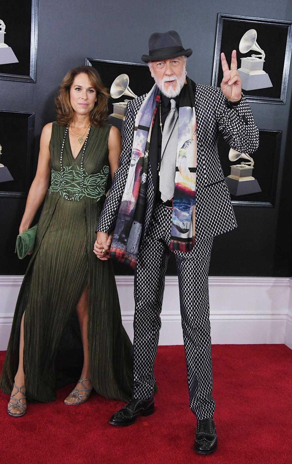 """<h1 class=""""title"""">Mick Fleetwood of Fleetwood Mac and Lynn Frankel</h1><cite class=""""credit"""">Photo: Getty Images</cite>"""