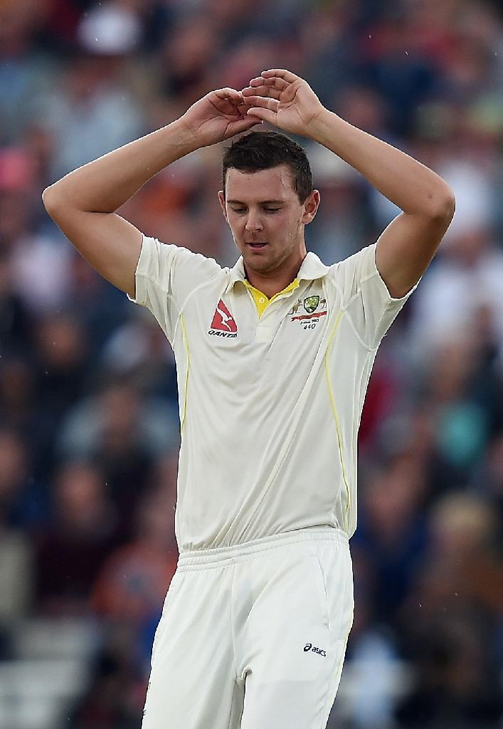 Australia's Josh Hazlewood reacts after bowling on the first day of their third Ashes Test match against England, at Edgbaston in Birmingham, on July 29, 2015 (AFP Photo/Paul Ellis)