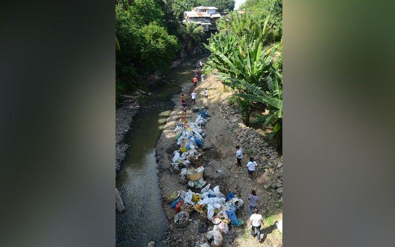 21 metric tons of garbage fished out of Guadalupe River