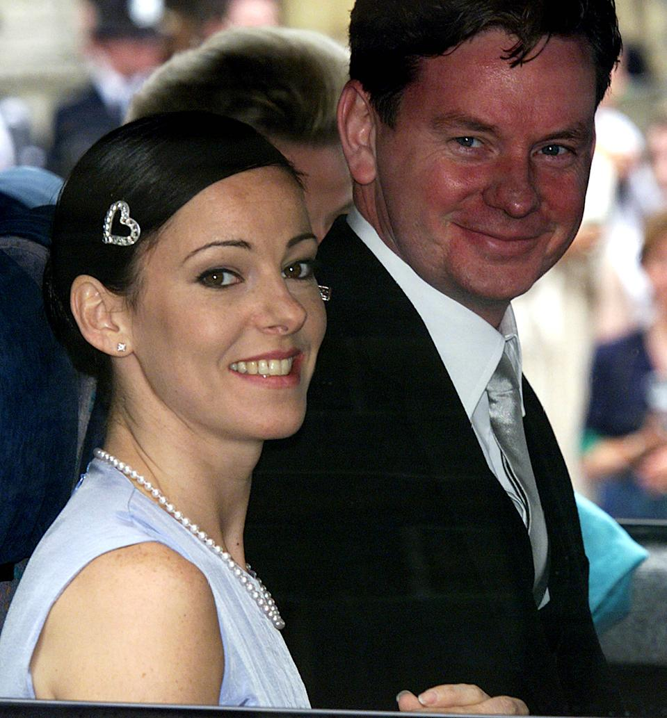 Ruthie Henshall and John Gordon Sinclair arrive at St. George's Chapel in Windsor Castle for the wedding of Prince Edward, the youngest son of Britain's Queen Elizabeth II, and Sophie Rhys-Jones, who will in future be known as the Earl and Countess of Wessex.  * Saturday June 19, 1999.  The royal couple, who met in 1993 in London at a charity real  tennis match that the Prince had organised, were marrying in St George's Chapel in Windsor Castle. Buckingham Palace announced before the wedding that the Royal couple will in future be known as the Earl and Countess of Wessex.  See PA story WEDDING ...  PA photo: Phil Noble. WPA/NPA rota   (Photo by Phil Noble - PA Images/PA Images via Getty Images)