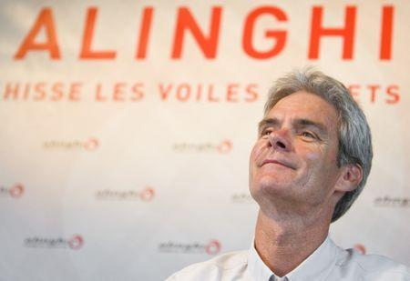 FILE PHOTO - Grant Simmer managing director and design coordinator of Alinghi attends a press conference in Le Bouveret July 23, 2009. REUTERS/Valentin Flauraud