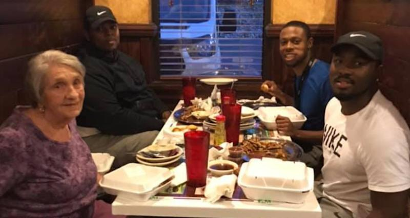 Jamario Howard and his friends asked a woman to have dinner with them after noticing she was alone. The widower told them that the next day would have been her 60th wedding anniversary. (Photo: Facebook)