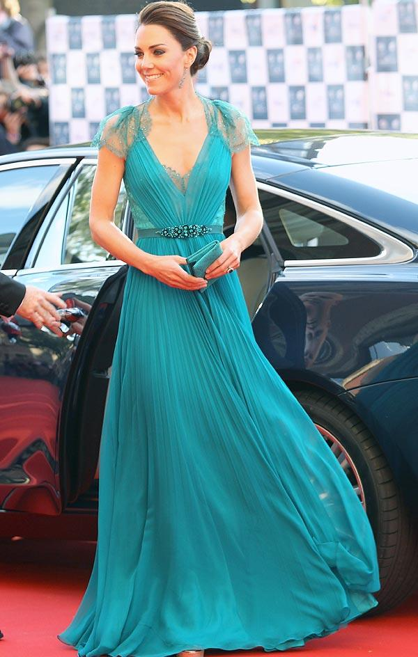 Kate Middleton Stuns In Green Jenny Packham Gown