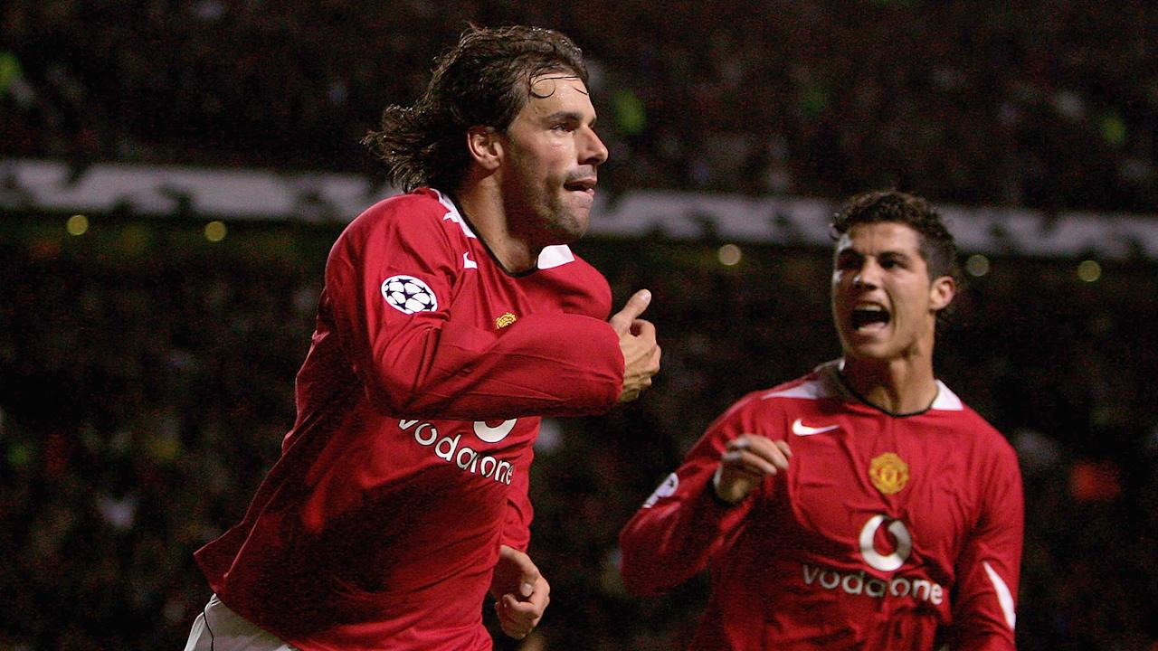 "The Old Trafford legend has been impressed by the fitness and physical ability of the former Chelsea and Everton hitman, who is ""a true No.9"""