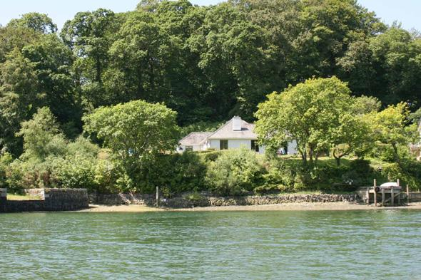 cornwall accommodation for autumn holidays