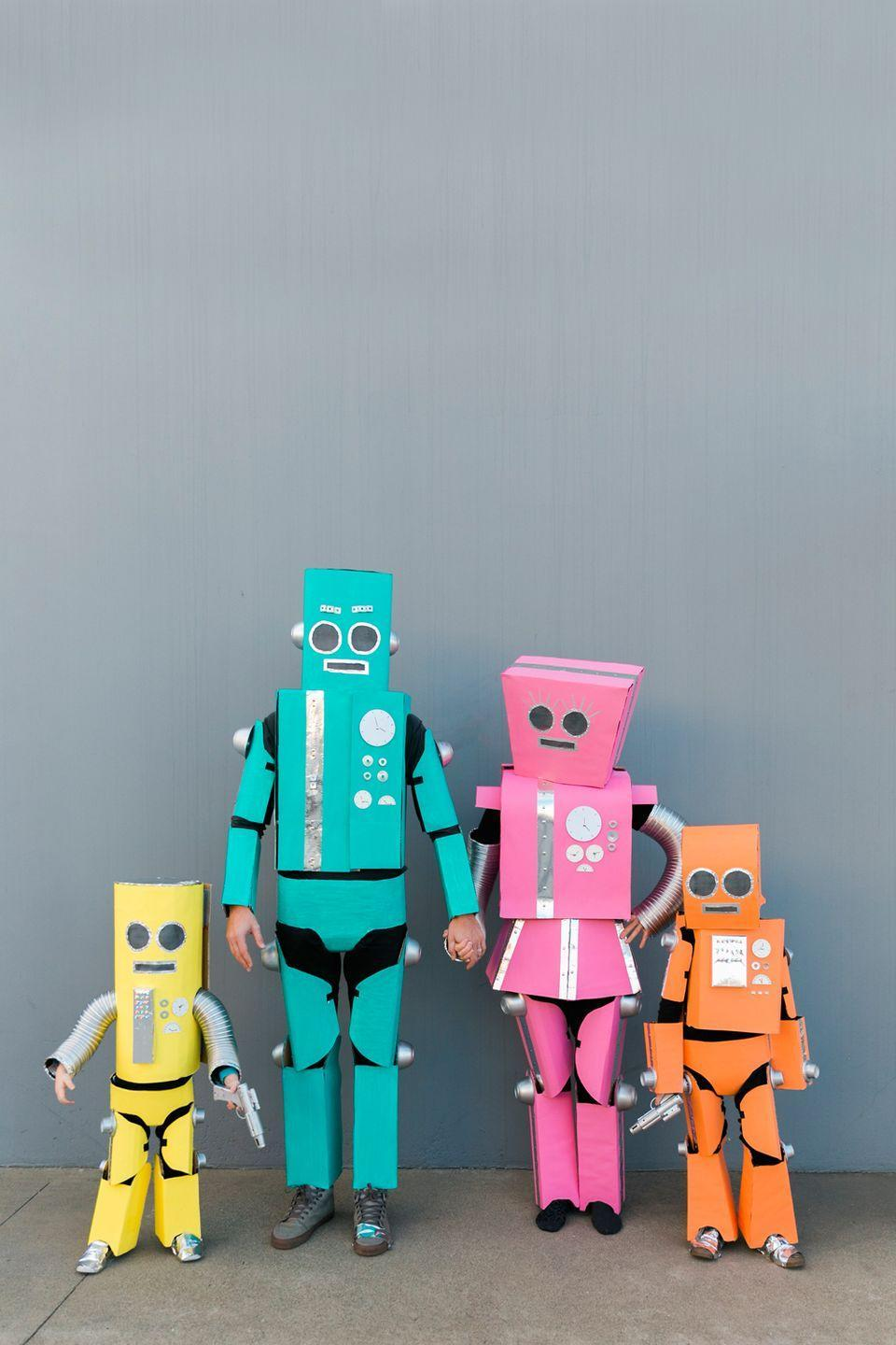"""<p>This one's such a great way to recycle old boxes (just be sure not to use bent cardboard) and it makes for a great family craft.</p><p><em><a href=""""https://tellloveandparty.com/2017/09/diy-robot-family-costume.html"""" rel=""""nofollow noopener"""" target=""""_blank"""" data-ylk=""""slk:Get the tutorial at Tell Love and Party »"""" class=""""link rapid-noclick-resp"""">Get the tutorial at Tell Love and Party »</a></em> </p>"""