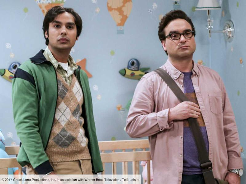 The Big Bang Theory : Johnny Galecki (Leonard) se moque du nouveau look de Kunal Nayyar (Raj) sur Instagram (PHOTO)