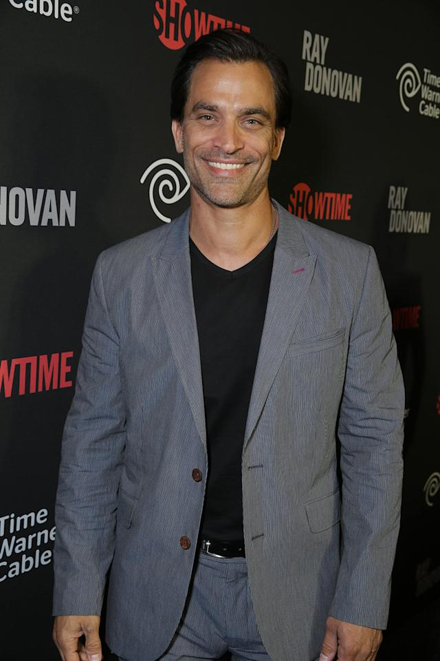 Johnathan Schaech arrives at the Showtime premiere of the new drama series Ray Donovan presented by Time Warner Cable, on Tuesday, June, 25, 2013 in Los Angeles. (Photo by Eric Charbonneau/Invision for Showtime/AP Images)