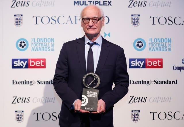 Chelsea chairman Bruce Buck has been asked to stand down from the Premier League's audit and remuneration committee