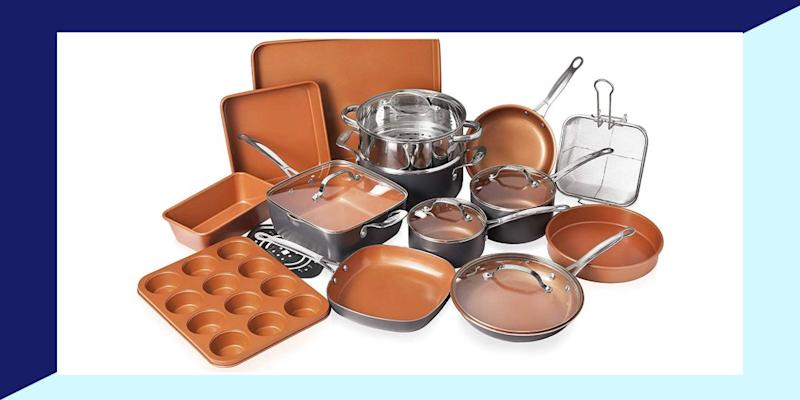 This cookware and bakeware set is an even better deal right now than it was on Black Friday. (Photo: Amazon)