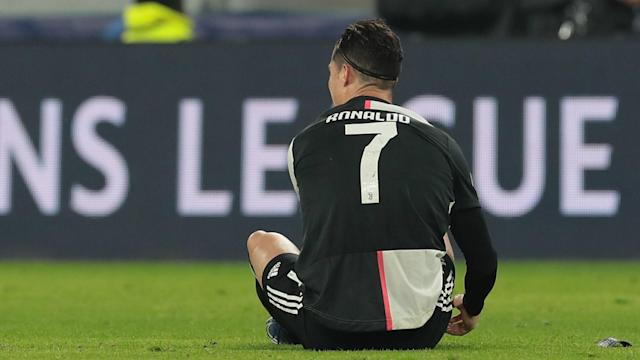 Maurizio Sarri intends to discuss an ongoing knee injury with Juventus star Cristiano Ronaldo.